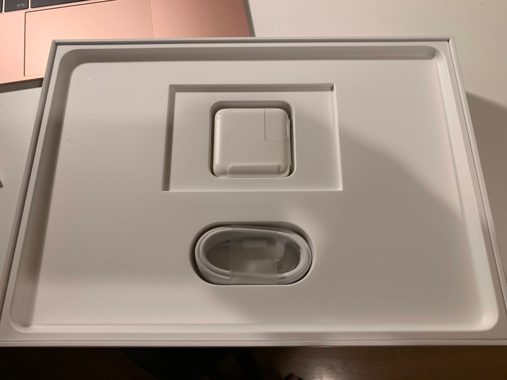 整備済 MacBook12インチ