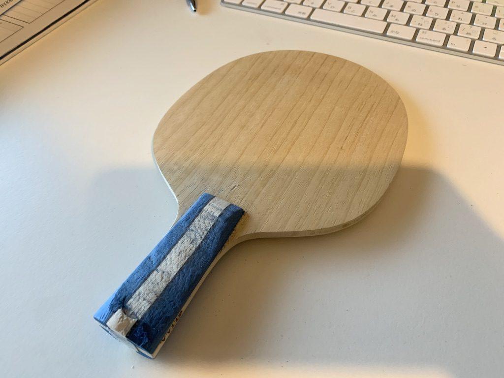 中国式ペン 柄の裏側を削る