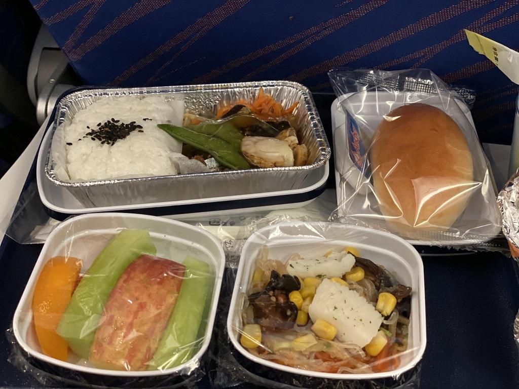 中国南方航空 広州行き 機内食