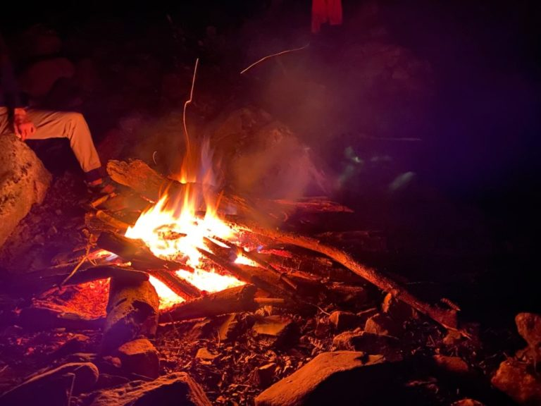 大黒茂谷 たき火