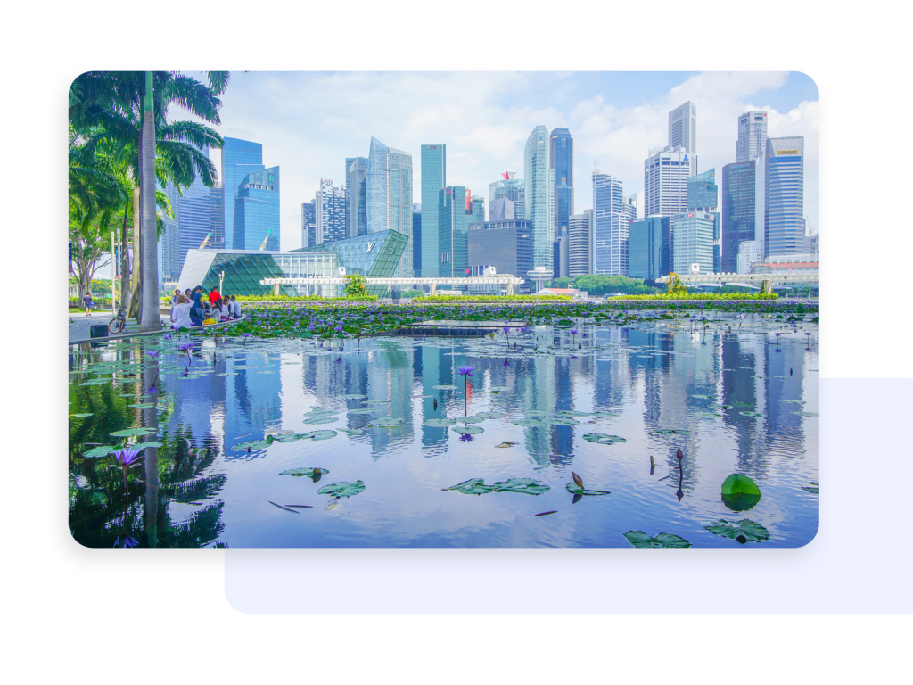 Corporate Innovation pond with a beautiful scenic view of tall buildings